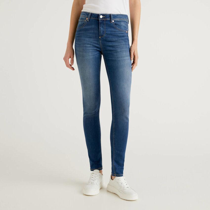 Push-Up-Jeans im Skinny-Fit