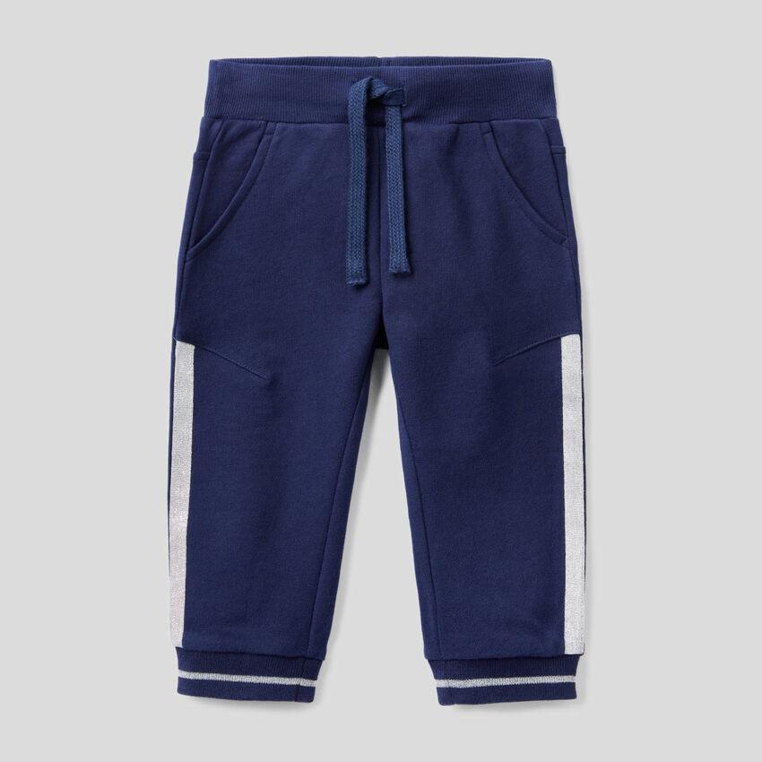 Hose aus Sweatstoff mit Lurex-Details