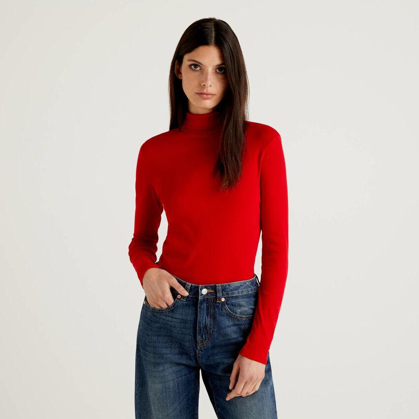 T-Shirt mit langen Ärmeln und hohem Kragen