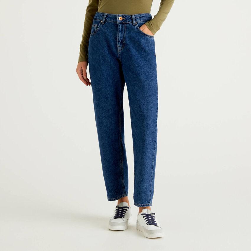 Mom-Fit Jeans mit hohem Bund