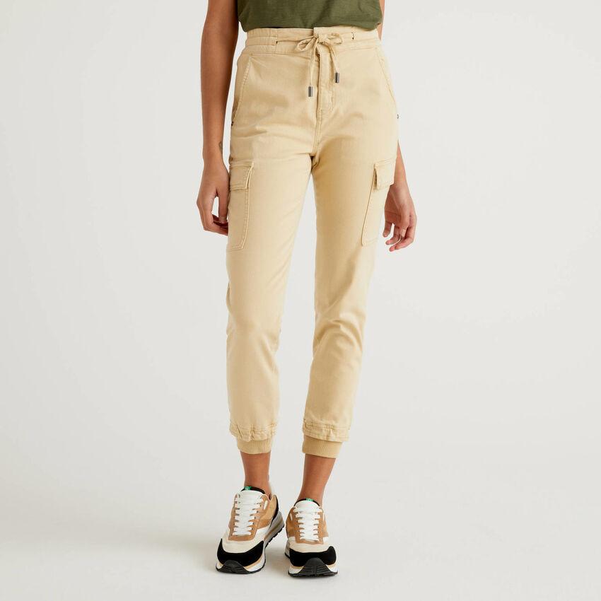 Slim-Fit-Cargohose aus stretchiger Baumwolle