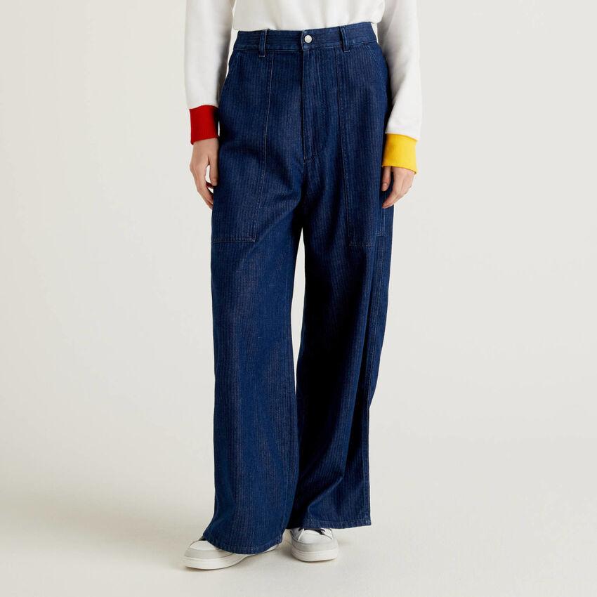 Loose Fit-Hose aus gestreiftem Jeansstoff