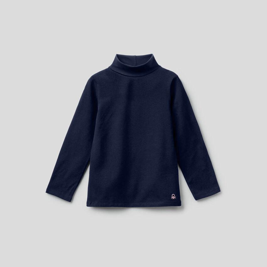 T-Shirt aus stretchiger Baumwolle mit hohem Kragen