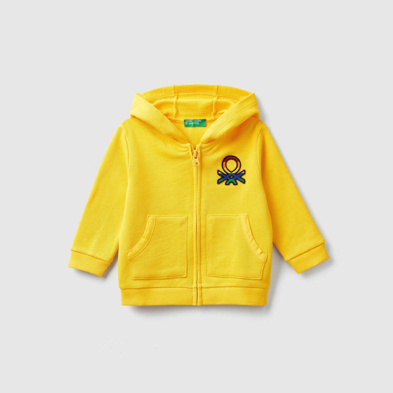 Sweatshirt mit Kapuze und Logo