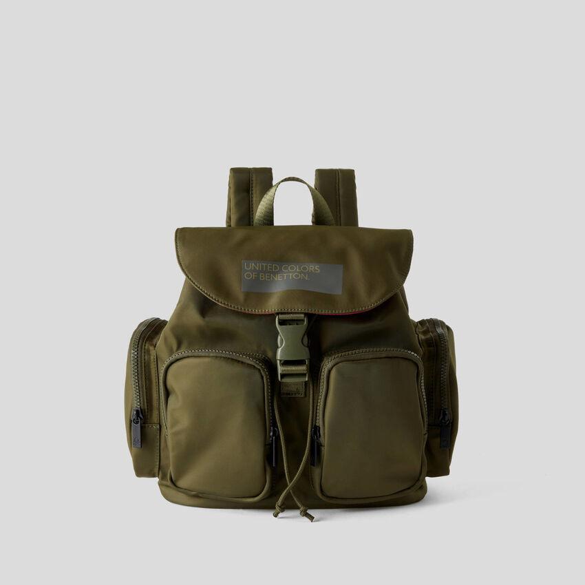 Rucksack mit zahlreichen Taschen