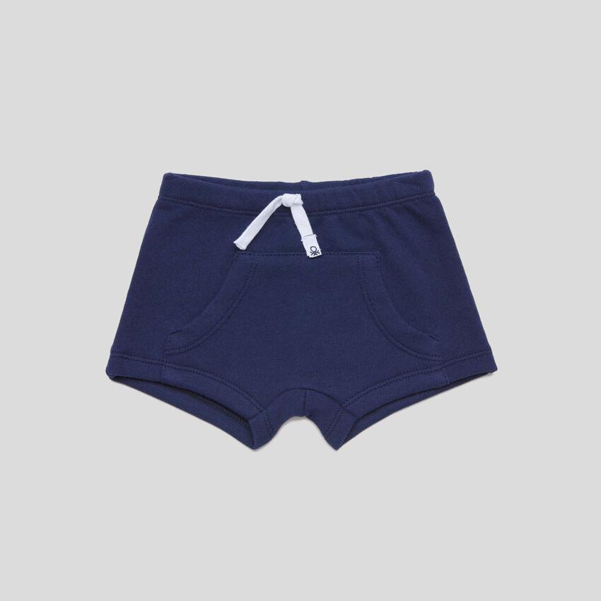 Shorts mit Maxi-Tasche