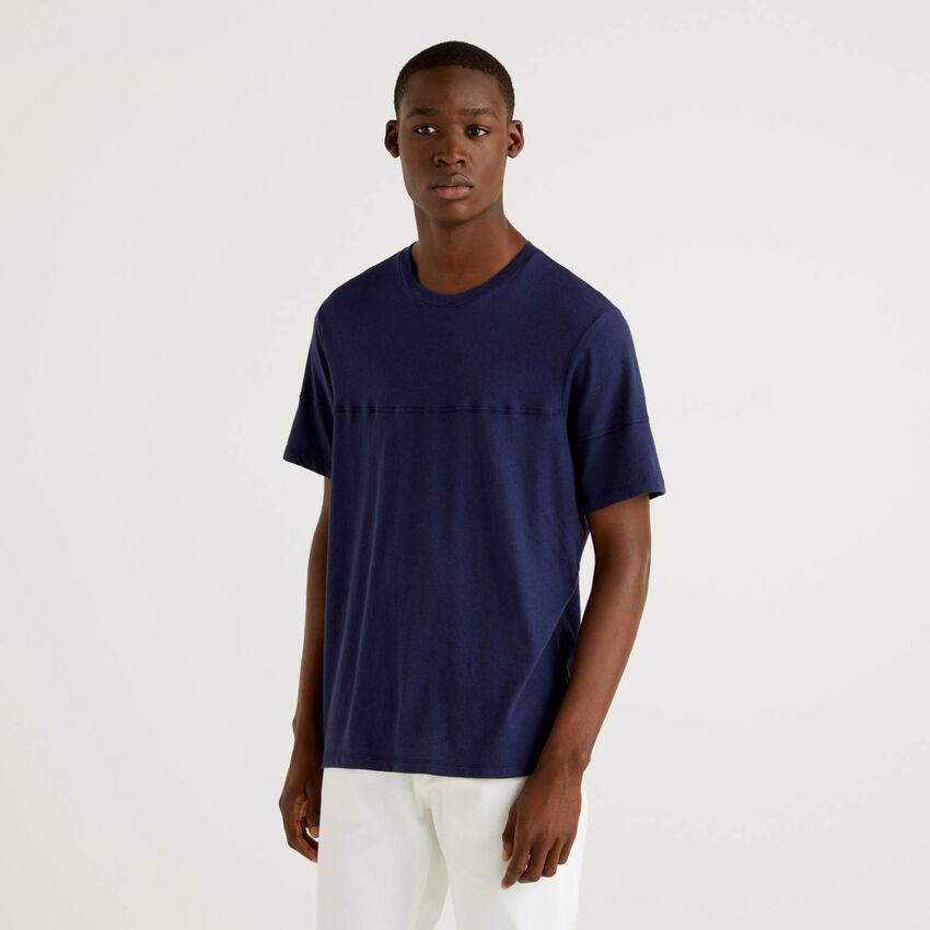 Einfarbiges T-Shirt aus einer Leinenmischung
