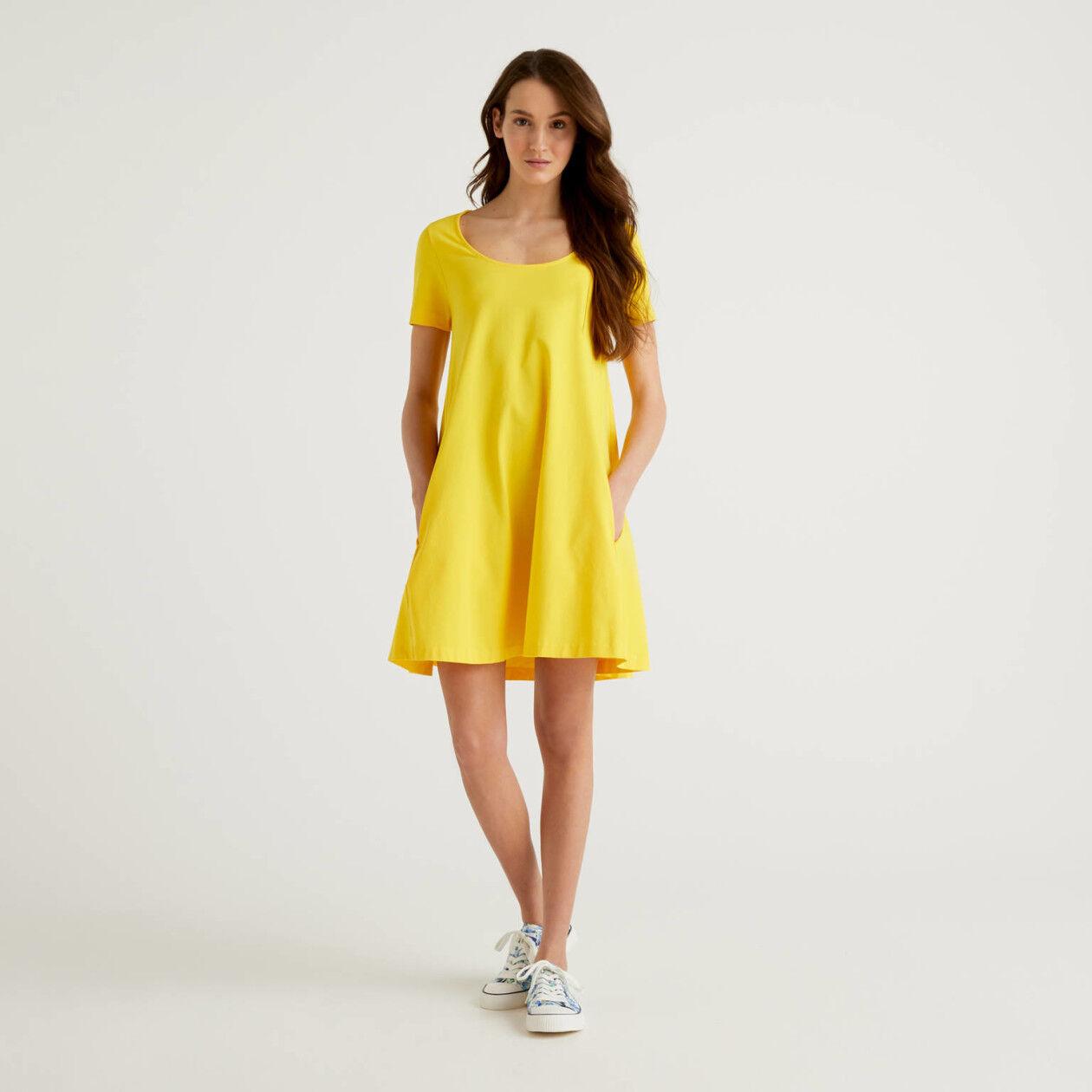 Kurzes Kleid aus Jersey