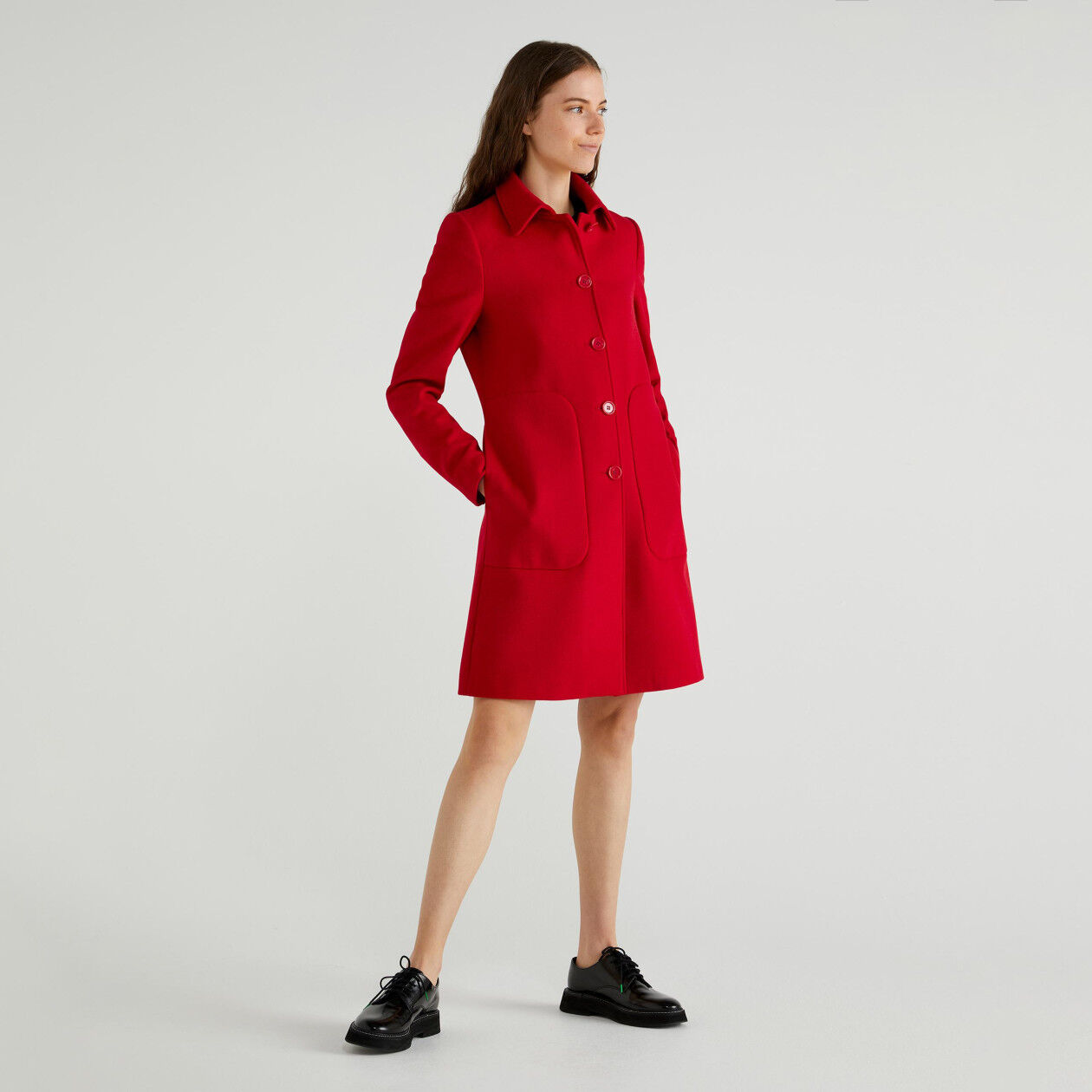 Mantel mit Kragen und Taschen