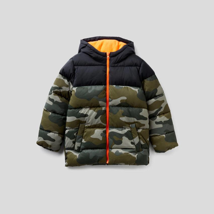 Wattierter Anorak mit Camouflage-Muster
