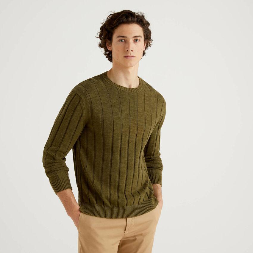 Pullover in einer Mischung aus Baumwolle und Leinen mit Rippenmuster