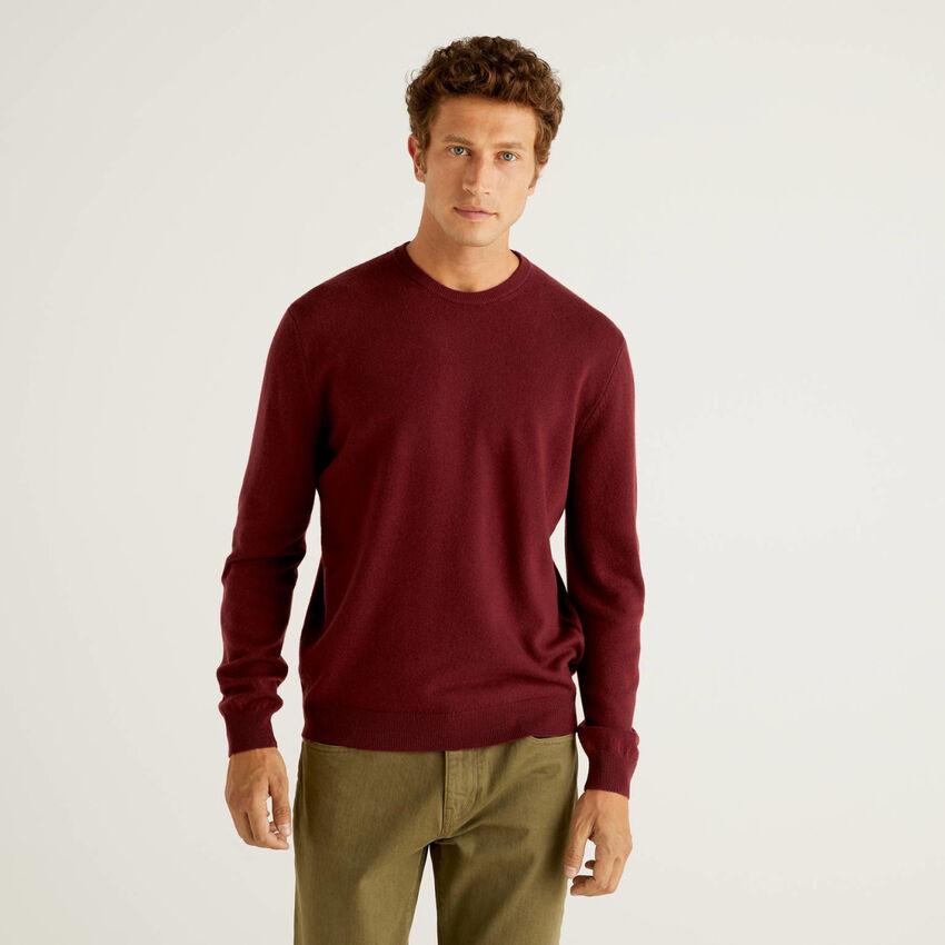 Pullover aus reiner Schurwolle in Bordeauxrot mit Rundausschnitt