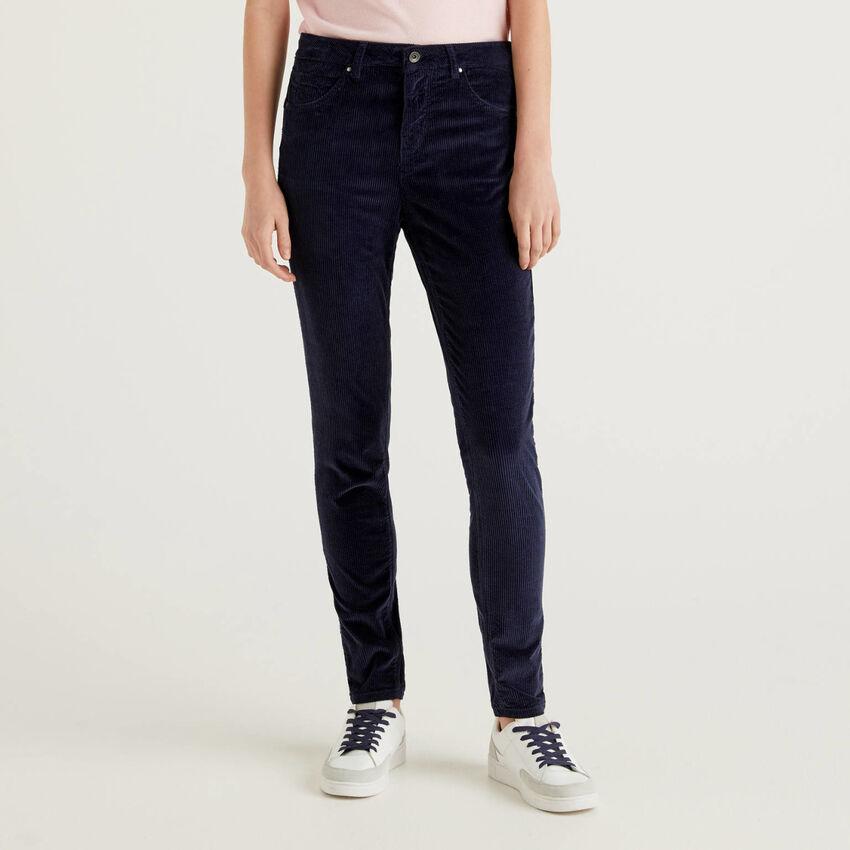 Skinny-Fit-Fit-Hose aus Samt