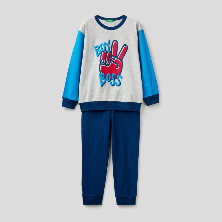 Pyjama aus warmer und leichter Baumwolle