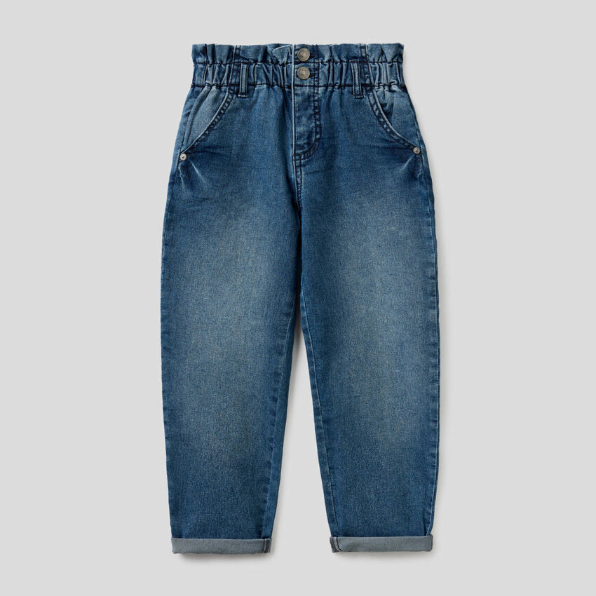 Baggy-Jeans mit gerafftem Bund