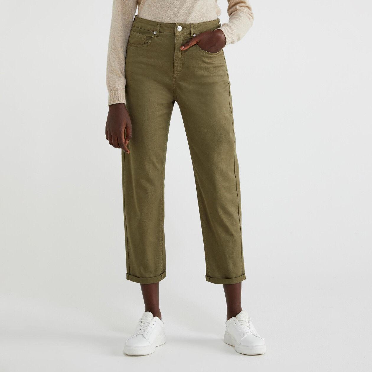 Hose aus Stretchbaumwolle
