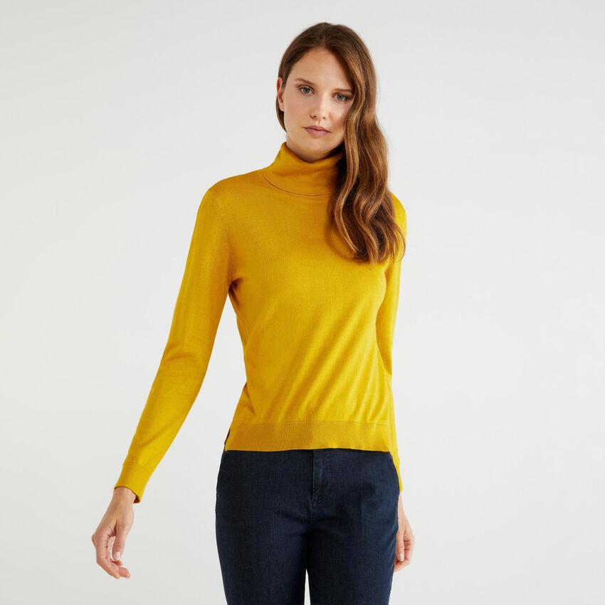 Rollkragenpullover aus Baumwolle und Modal®
