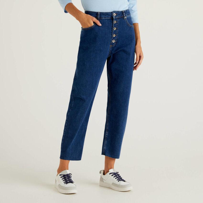 Five-Pocket-Jeans im Mom-Fit