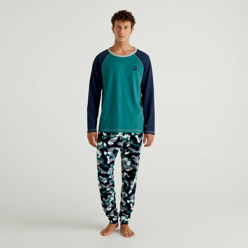 Pyjama aus Baumwolle mit gemusterter Hose