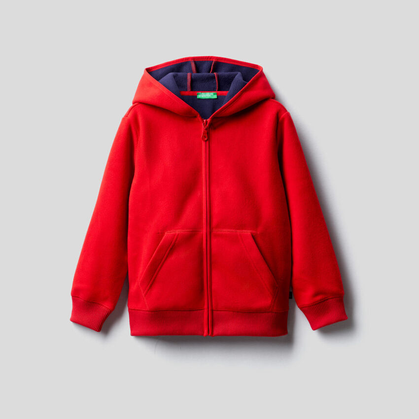 Sweatshirt aus Fleece mit Kapuze