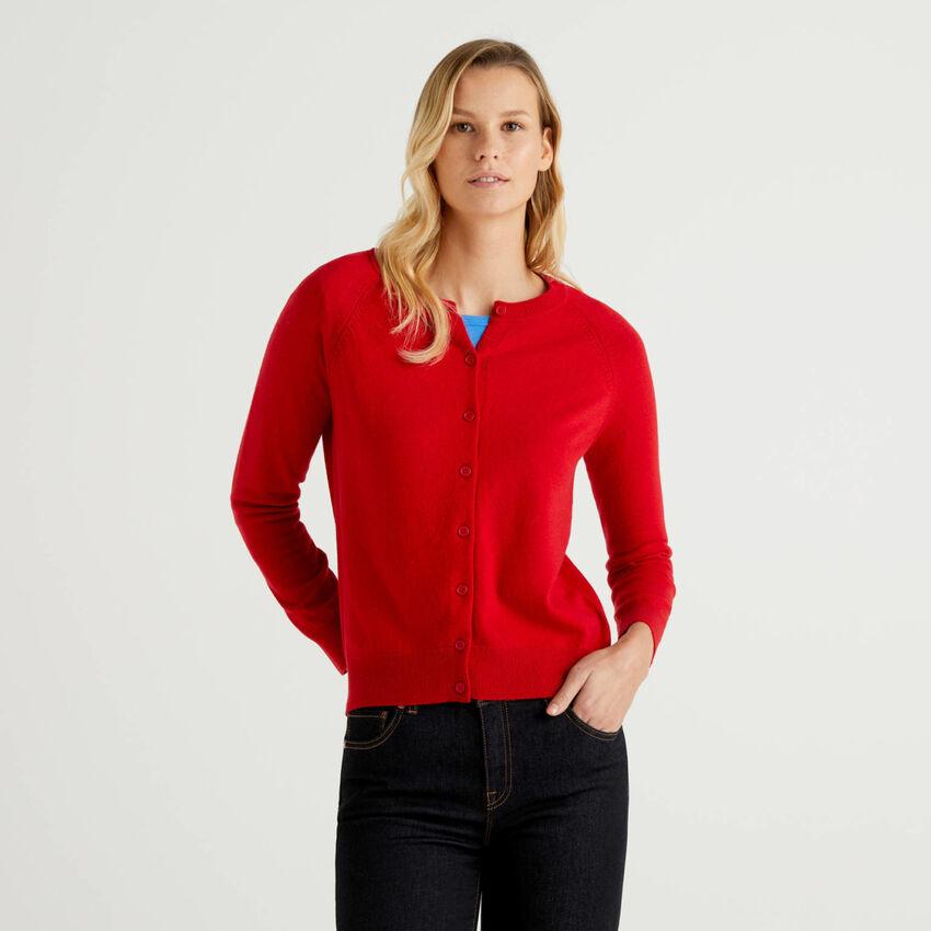 Rote Strickjacke mit Rundausschnitt in einer Mischung aus Wolle und Cashmere