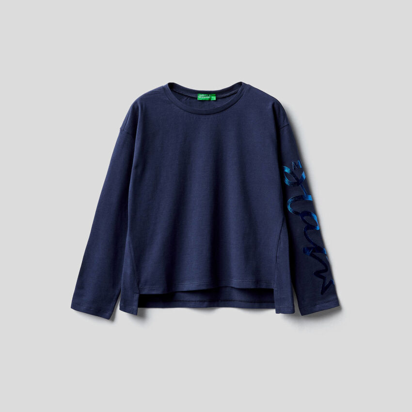 T-Shirt aus 100% Baumwolle mit langen Ärmeln