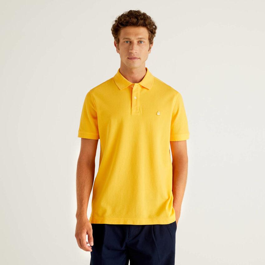 Gelbes Regular-Fit-Polo