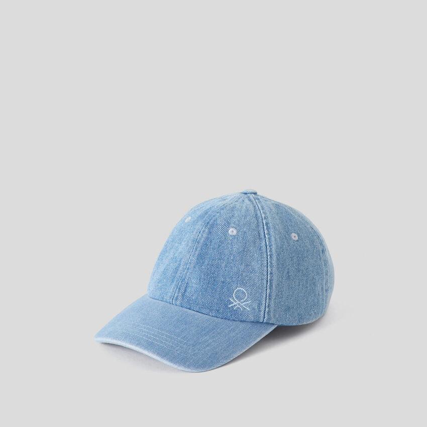 Mütze aus Denim