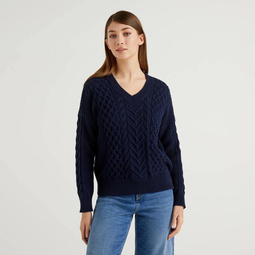 Pullover aus reiner Baumwolle mit besonderer Verarbeitung
