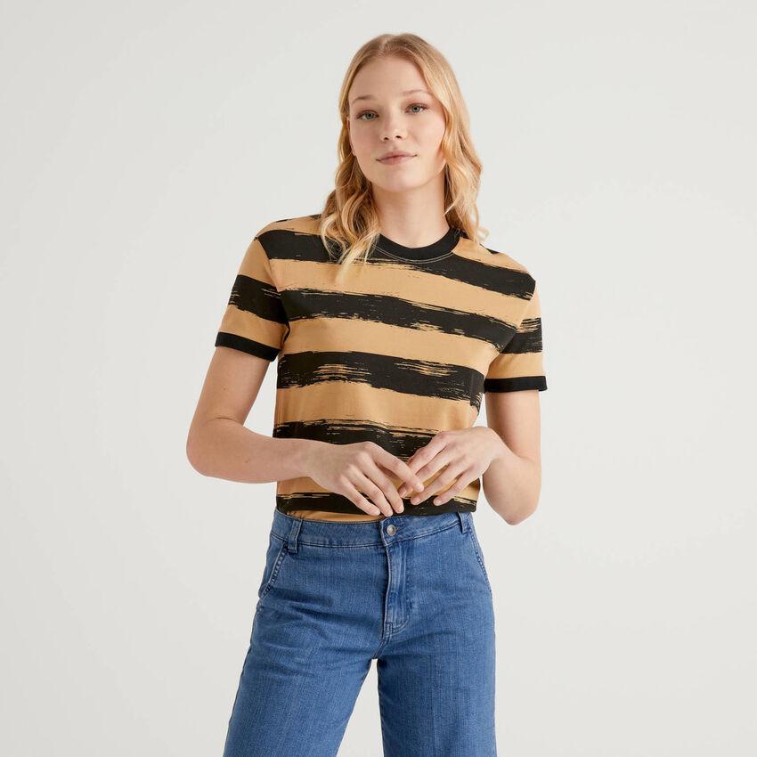 T-Shirt aus stretchiger Baumwolle mit Print