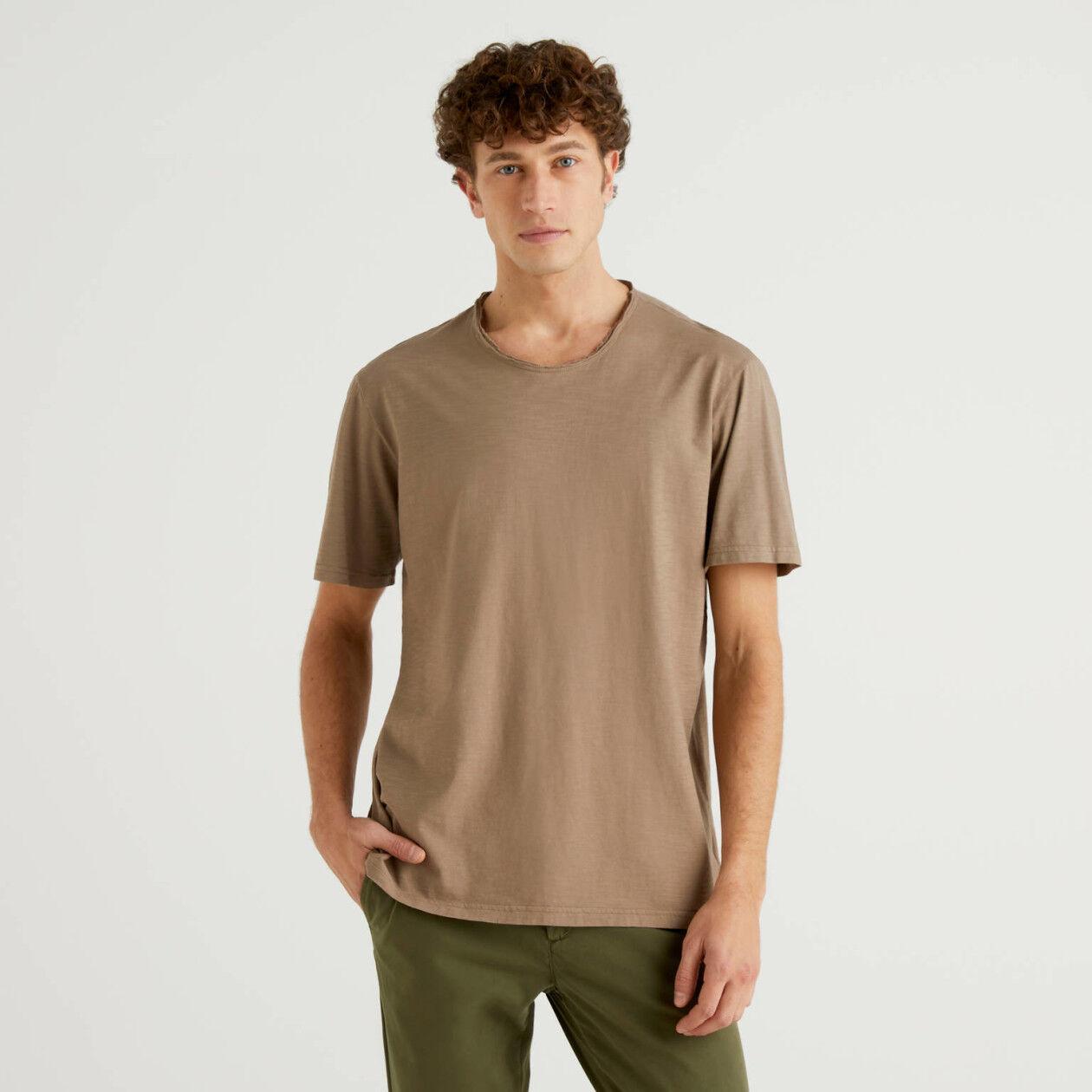 Taubengraues T-Shirt aus reiner Baumwolle