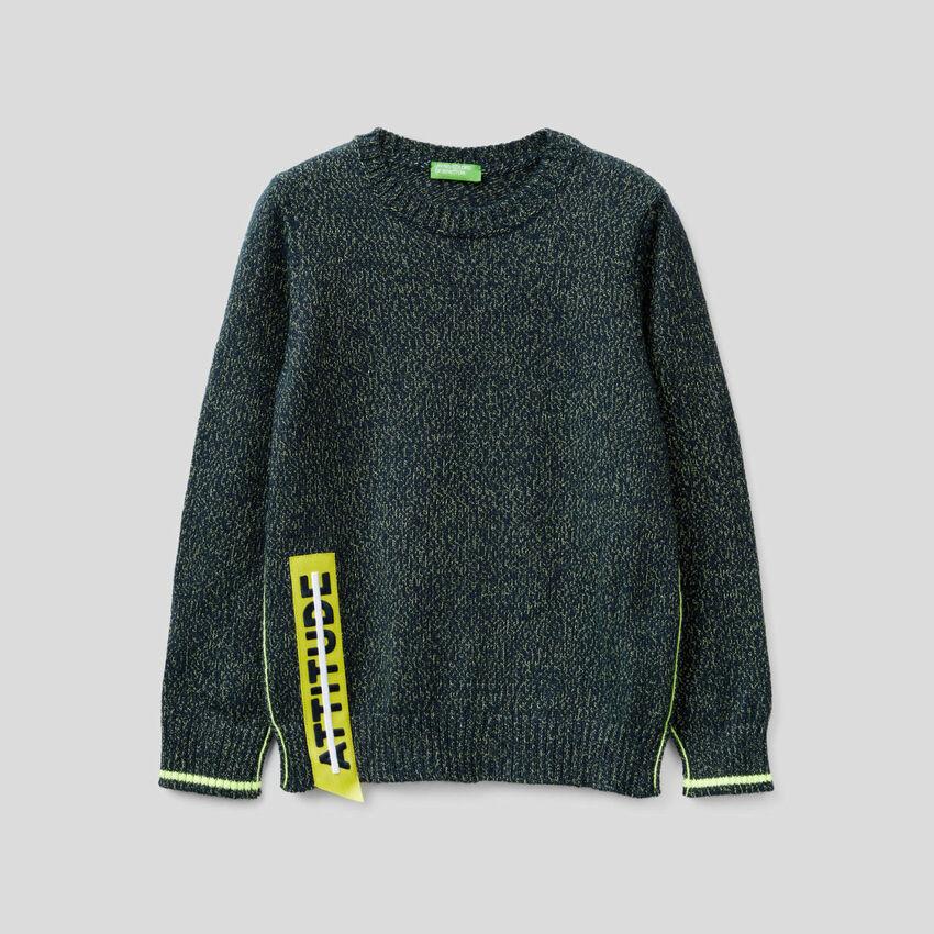 Pullover mit Neon-Details