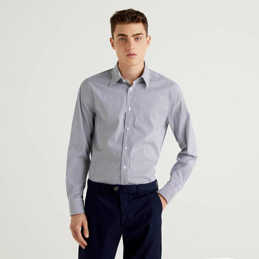 Hemd aus stretchiger Baumwolle in durchgefärbtem Garn