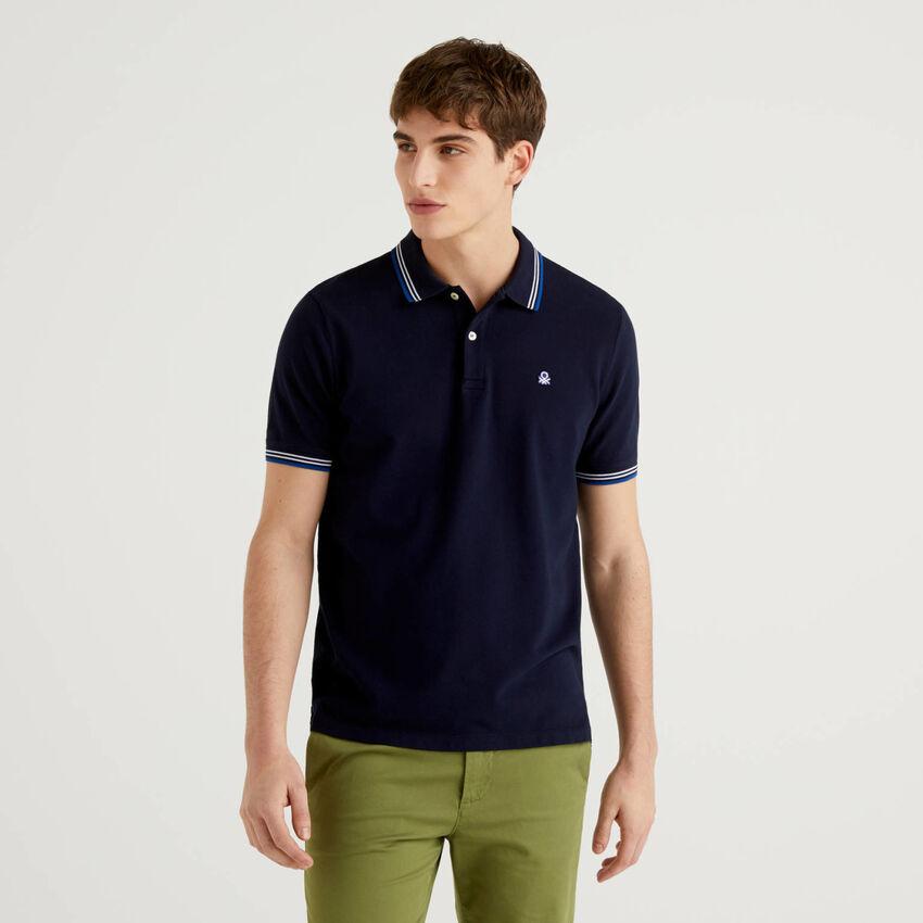 Polo aus stretchiger Baumwolle mit kurzen Ärmeln