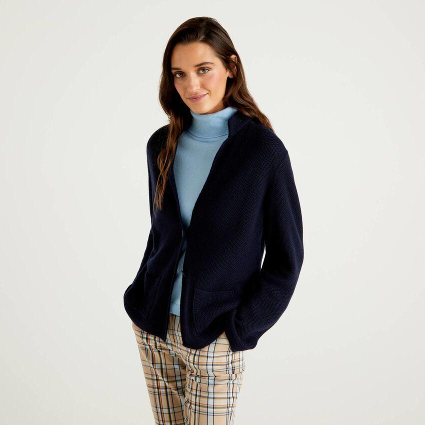 Gestrickter Jacke aus einer Mischung aus Wolle und Cashmere