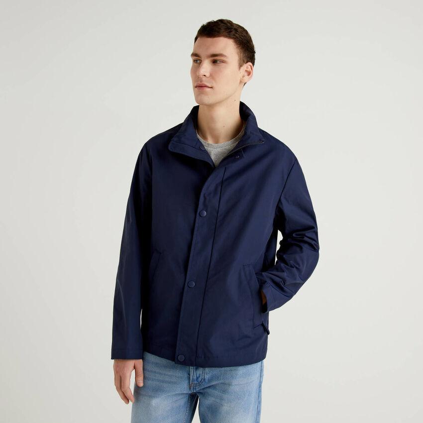 Jacke mit Reißverschluss und Knöpfen