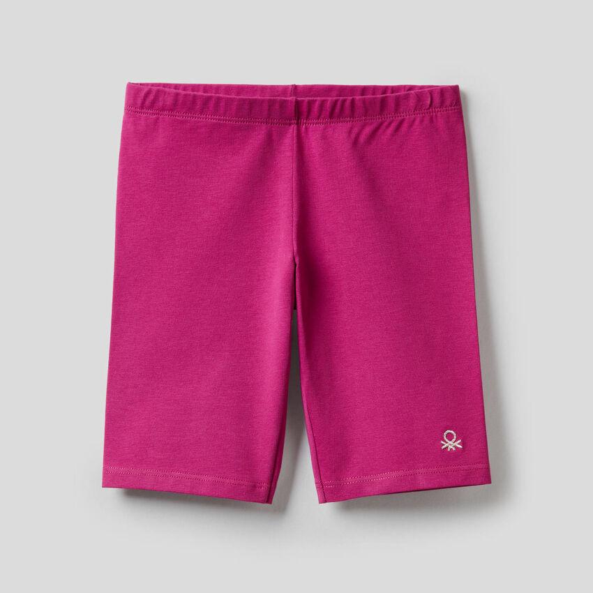 Kurze Hose aus stretchiger Baumwolle