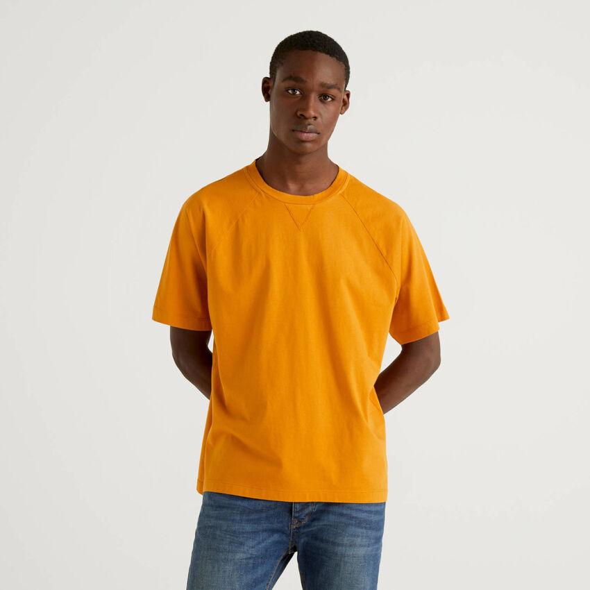 T-Shirt aus 100% Baumwolle mit Raglanärmeln